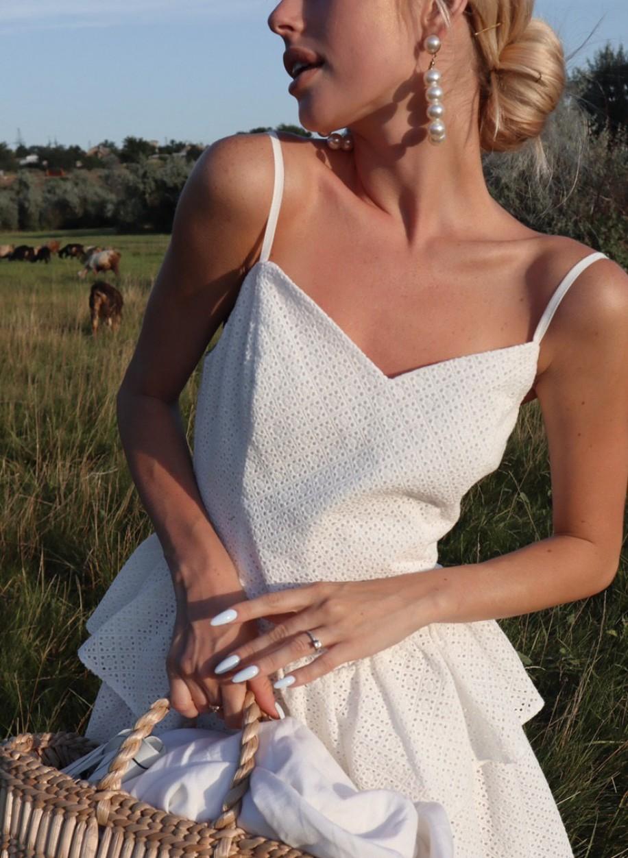 Светлое летнее платье Кармен