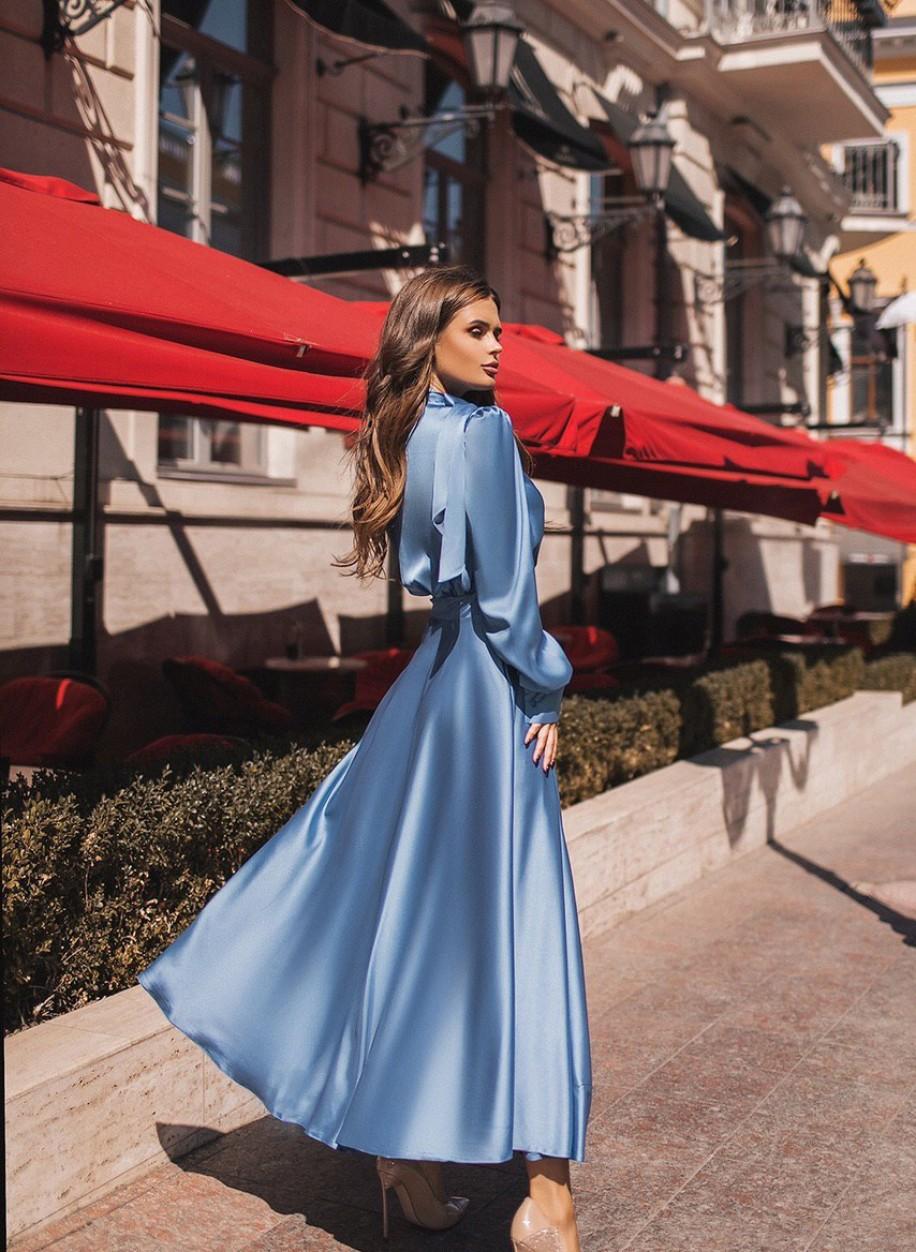 Утонченное шелковое платье 203