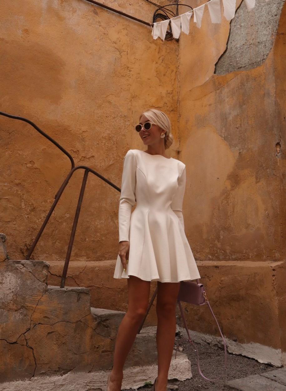 Платье из плотного трикотажа Лейла