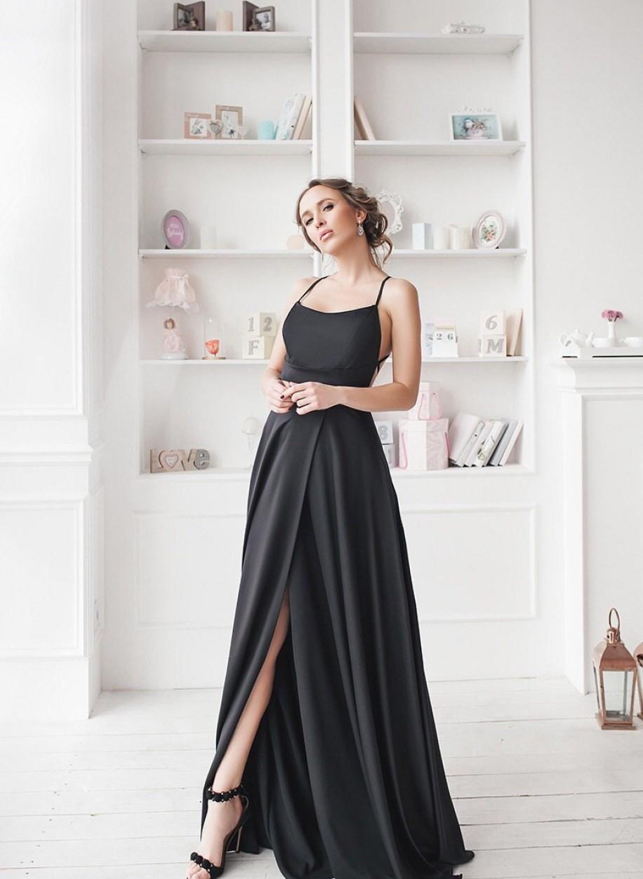 Роскошное длинное платье 374
