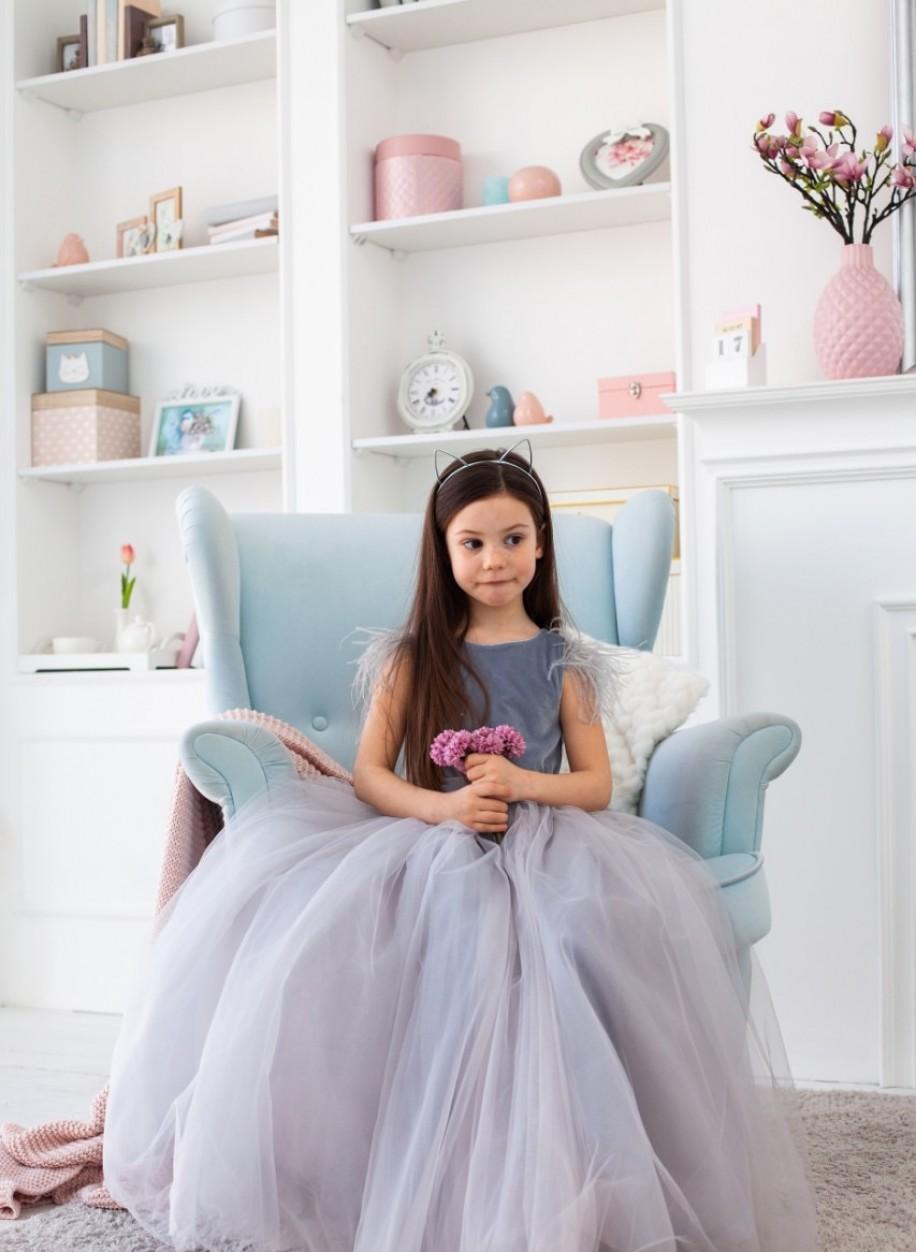 Детское платье Микки бархат перья