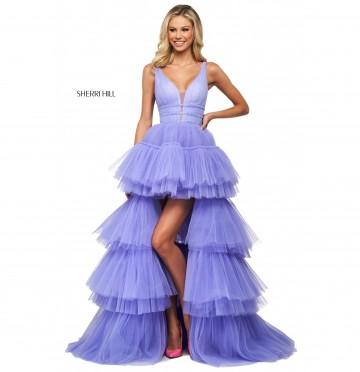 Когда будет новая коллекция и когда покупать платья на выпускной!