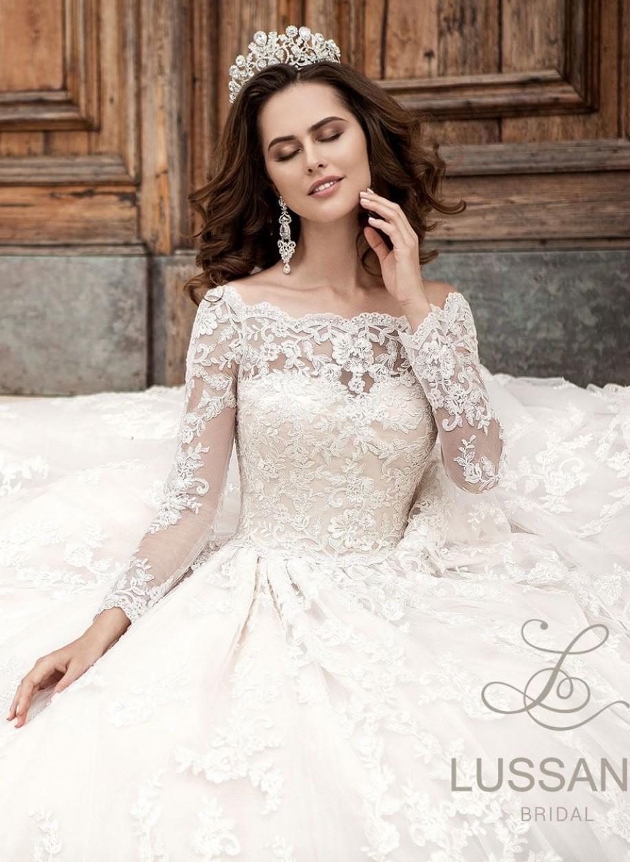 Свадебное платье Lussano 16007