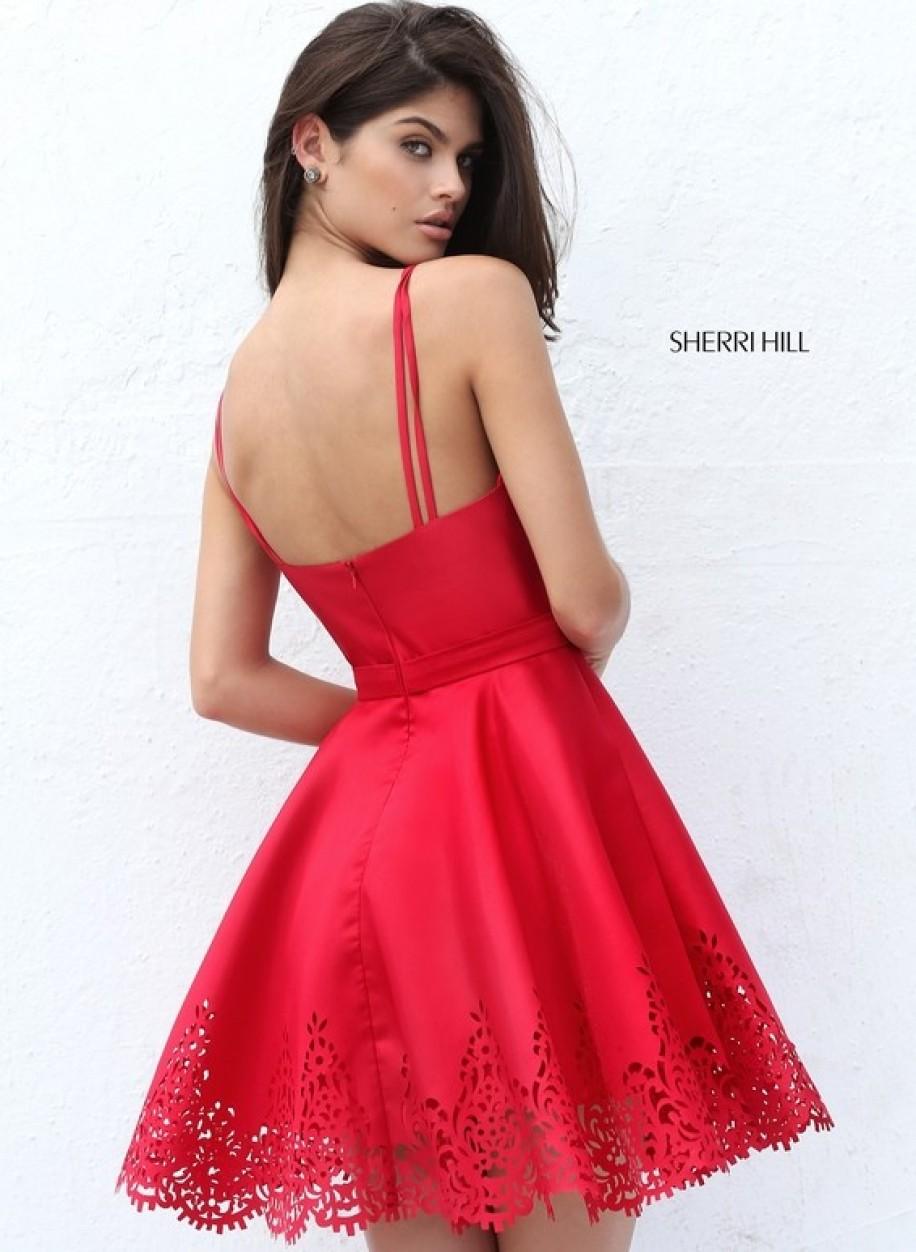 Коктейльное платье Sherri Hill с пышной юбкой s50678