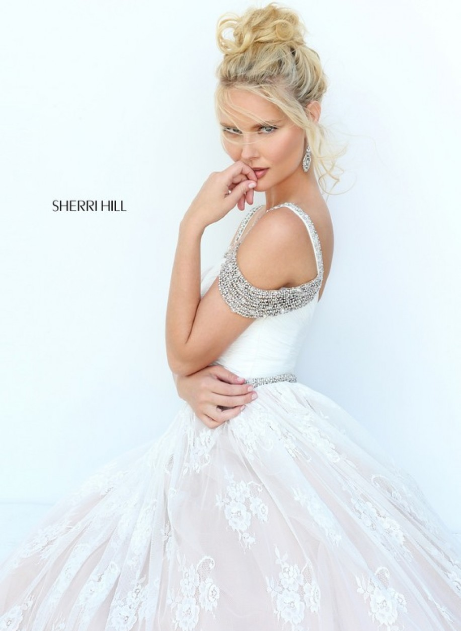 Гипюровое платье Sherri Hill 50595 цвета айвери