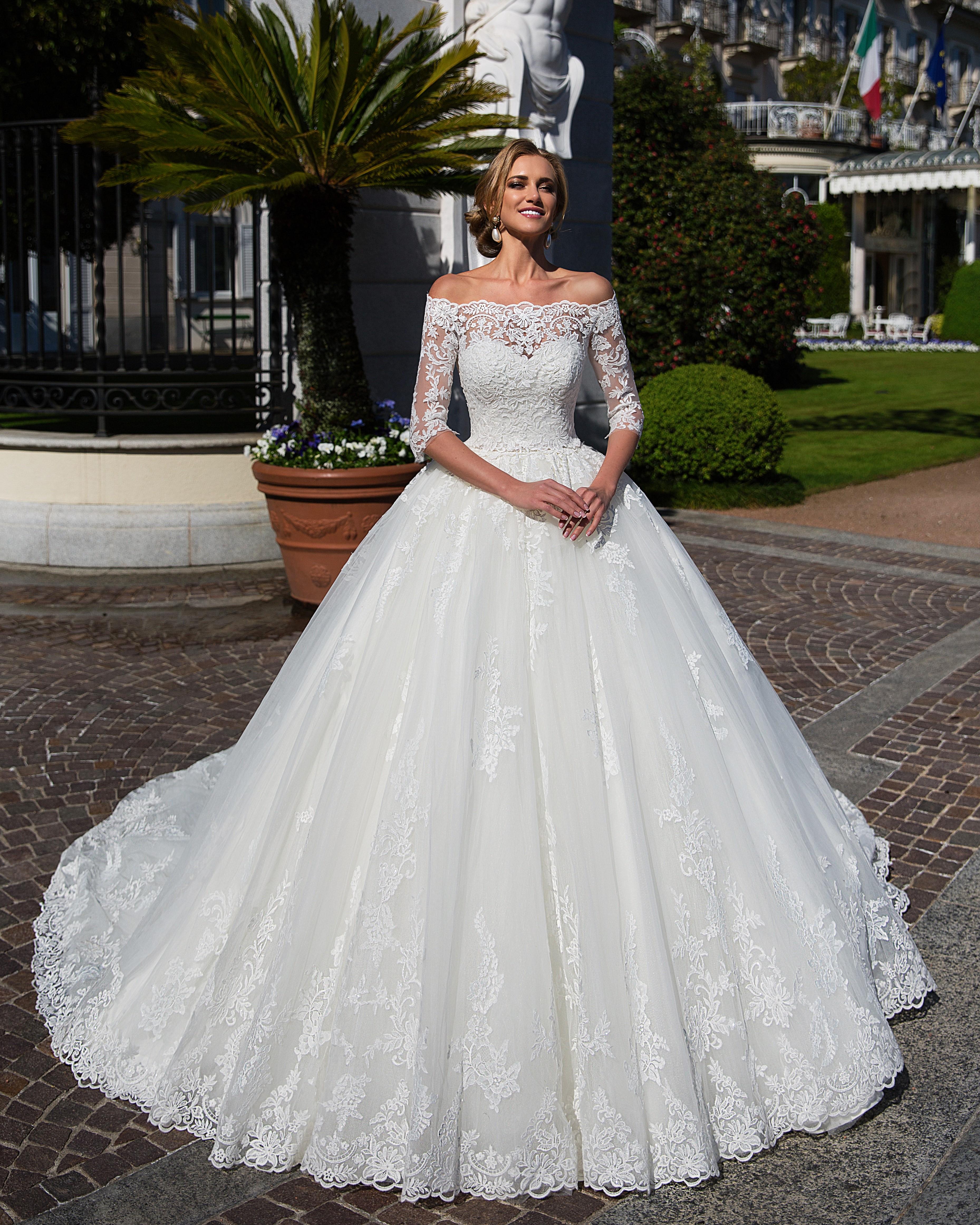 bb8a918ceef Свадебные платья из Италии в Украине  где купить   тенденции и ...
